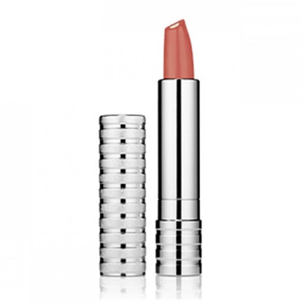 Clinique dramatically difference lipstick 15 sugarcoated